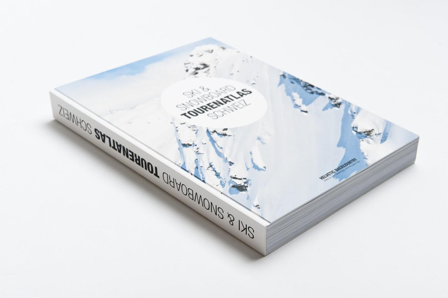 21x27 cm, beschnittenes Hardcover, Fadenbindung, 384 Seiten, Naturpapier, FSC