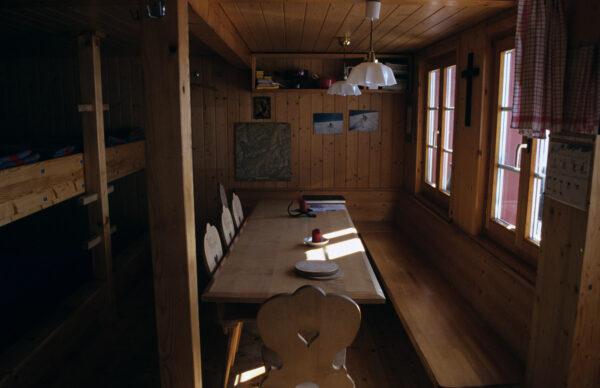 …in einer Hütte ankommen, die einen Biervorrat hat (Salbithütte, 2007)…