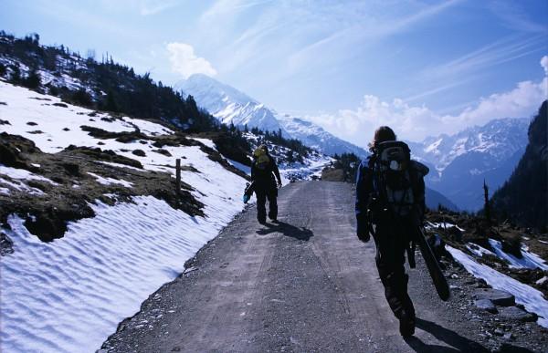 …und endlos lange Täler rauseieren (Oberalpstock, 2007)